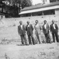 Août 1955, Conseil Communal sur la nouvelle Place en cours de construction