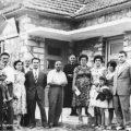 16 Αυγούστου 1959, μπροστά στο Κοινοτικό Γραφείο Καλλιρρόης
