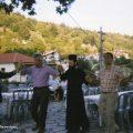 15 Αυγούστου 2008, ετών 91, σέρνω το χορό υποβασταζόμενος απο το γιό μου Παύλο